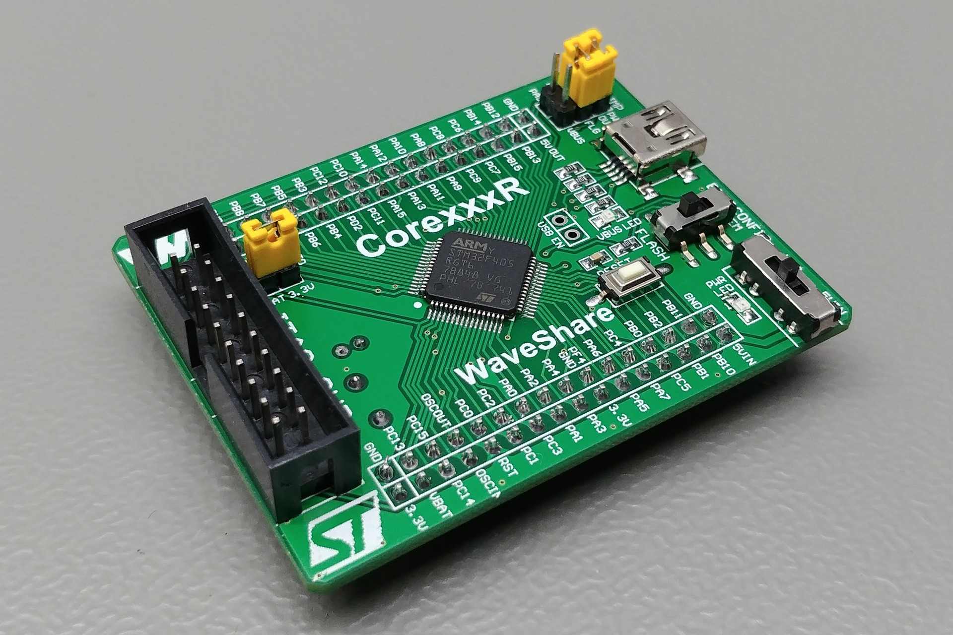 WaveShare Core405R board: Perspective view